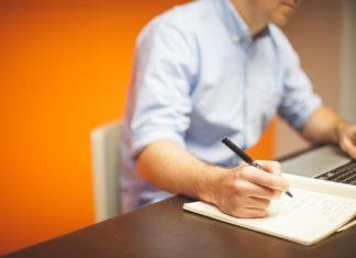 Staż pracy - definicja oraz czynniki na niego wpływające