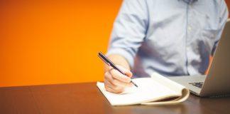 Jakie dokumenty przygotować przed podpisaniem umowy o pracę?