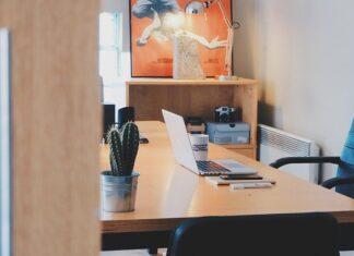biuro - jak je zaaranżować?